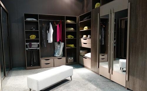 衣柜行业迎来风险 企业抵抗力太差是否要打预防针?