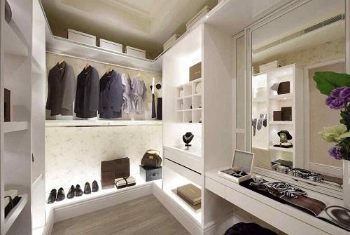 衣柜企业添加靓丽风景线 实现自主创新