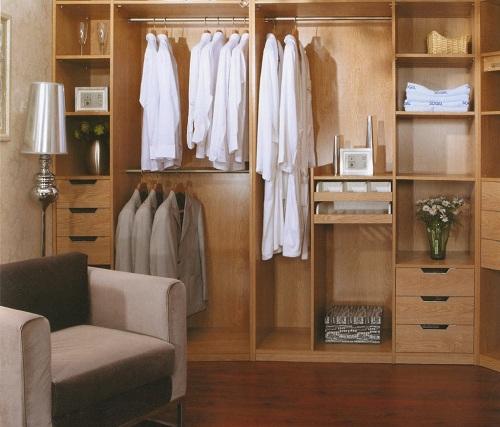 定制衣柜企业产品服务需到位 促进盈利增长!