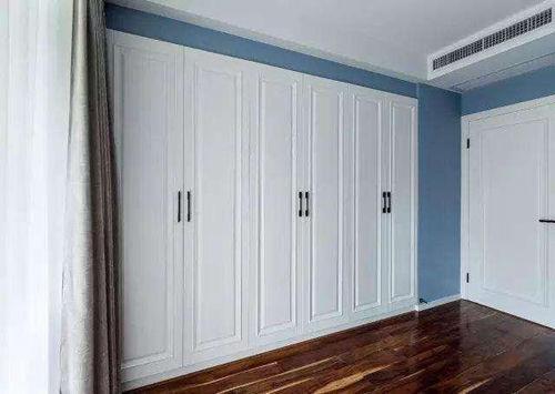 这样的衣柜设计实用不占地