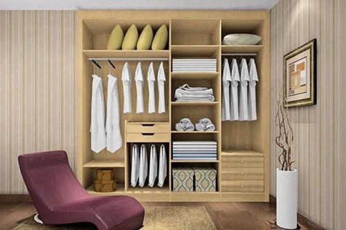 成品衣柜和定制整体衣柜有啥区别